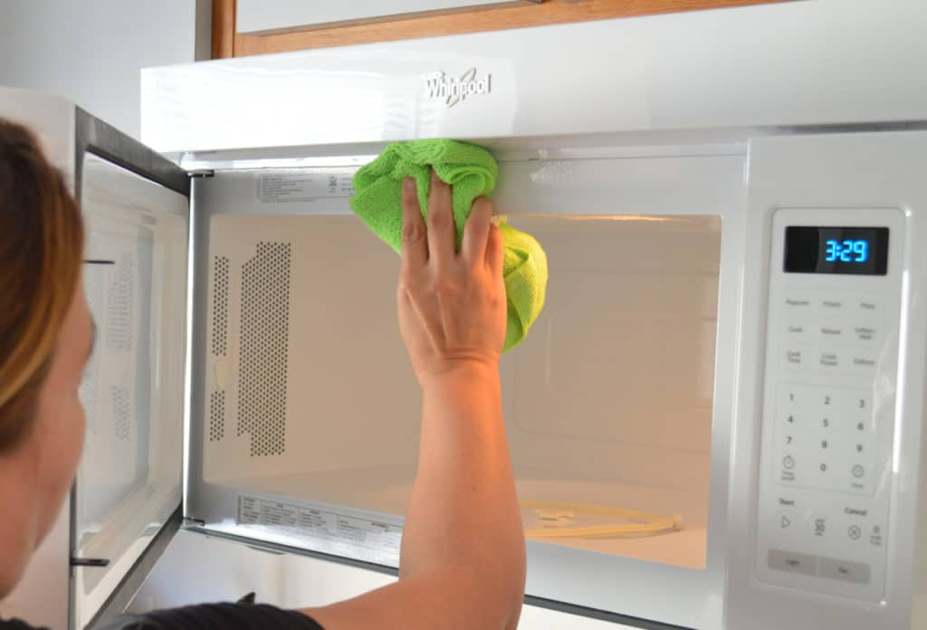 home appliances cleaning microwave-cleaning